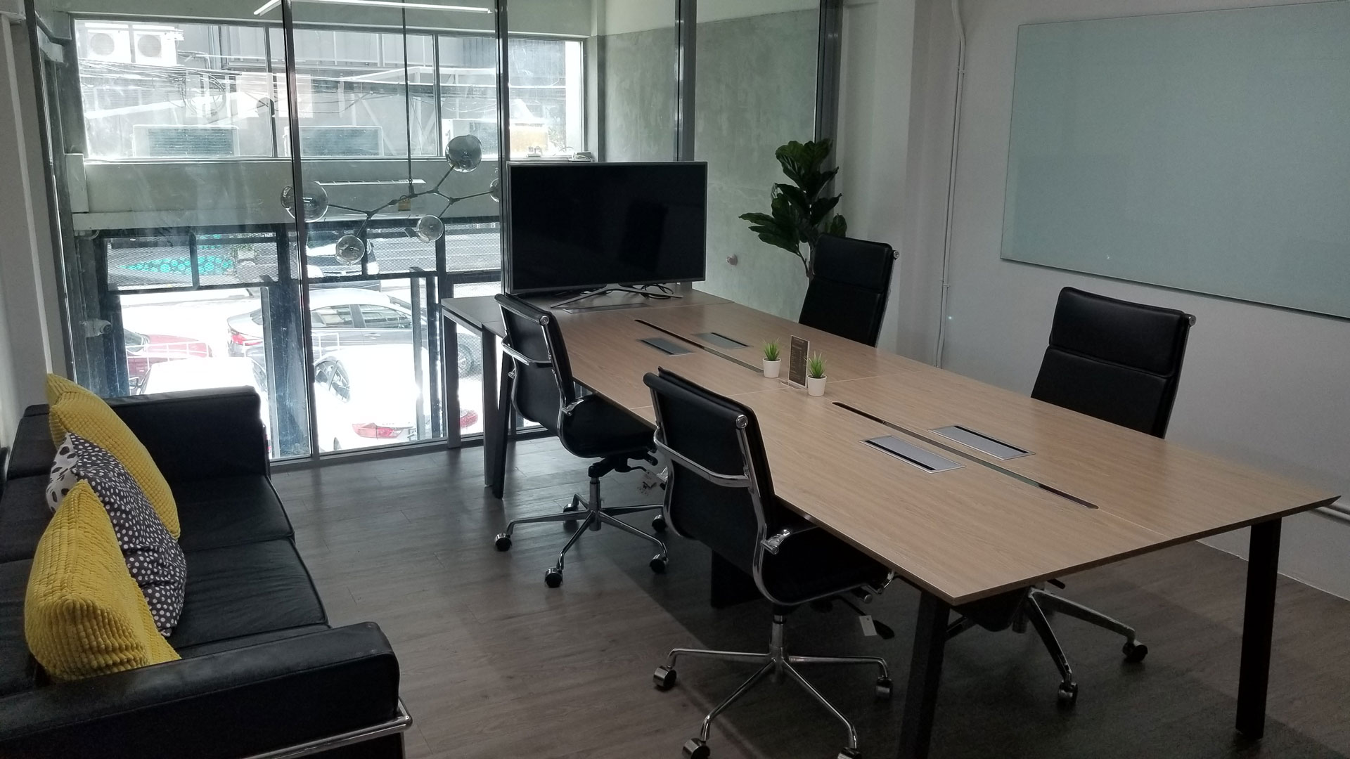small-meeting-room9